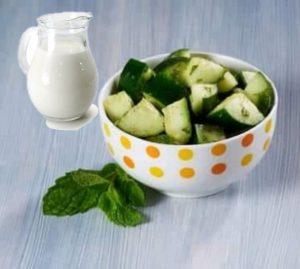 Cucumber mint and yogurt salad diet for weight loss